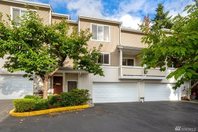 Mountlake Terrace Condo/Townhouse For Sale: 5502 240th St SW #C303