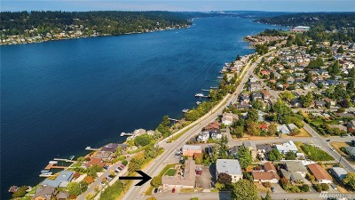 Renton Multi Family Home For Sale: 3216 Lake Washington Blvd N
