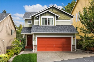 Lynnwood Condo/Townhouse For Sale: 2425 192nd Place SW #6