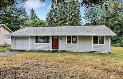 Olympia Single Family Home For Sale: 823 Oakcrest Dr SE