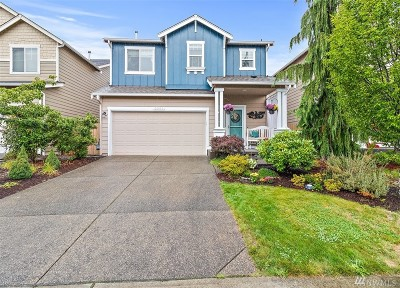 Maple Valley Single Family Home For Sale: 24038 SE 263rd Place