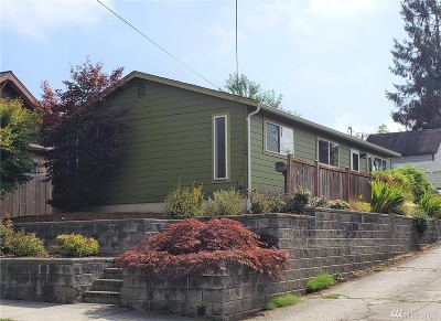 Bellingham Single Family Home For Sale: 608 Gladstone St