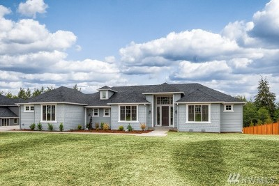 Stanwood Single Family Home For Sale: 6616 167th Place NW