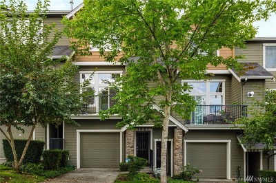Issaquah WA Condo/Townhouse For Sale: $598,000