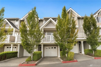 Issaquah Condo/Townhouse For Sale: 23120 SE Black Nugget Rd #A4