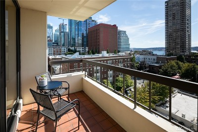 Seattle Condo/Townhouse For Sale: 2201 3rd Ave #902
