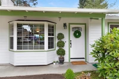 Kirkland Single Family Home For Sale: 14111 82nd Place NE