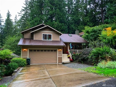 Bellingham Single Family Home For Sale: 4 Woodpecker Place