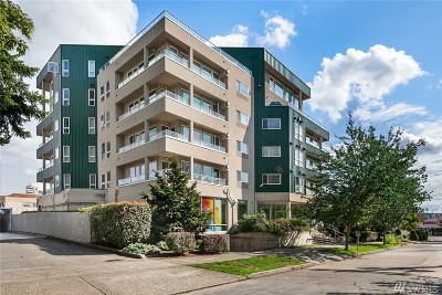 King County Condo/Townhouse For Sale: 4528 8th Ave NE #2C
