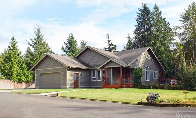 Lynden Single Family Home For Sale: 131 E 74th Lane