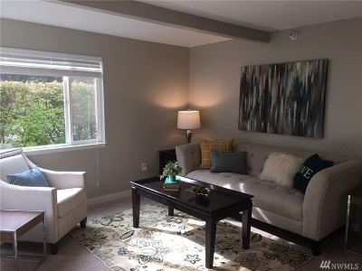 Issaquah Condo/Townhouse For Sale: 700 Front St S #A104