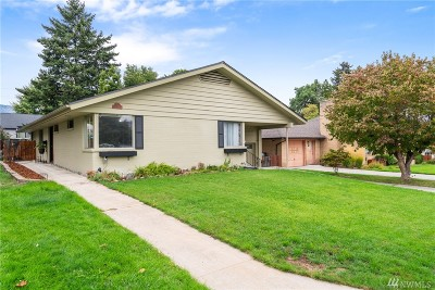 Chelan County Single Family Home For Sale: 4 S Garfield Ave
