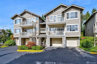 Redmond Condo/Townhouse For Sale: 18626 NE 57th Wy
