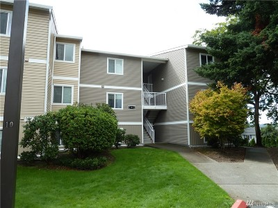 Kirkland Condo/Townhouse For Sale: 12429 NE 130th Ct #G101