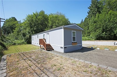 Port Orchard Single Family Home For Sale: 1570 SE Pine Rd