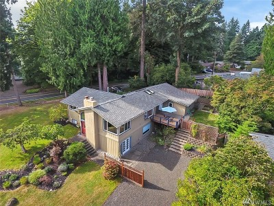 Olympia Single Family Home For Sale: 1600 Elliott Ave NW