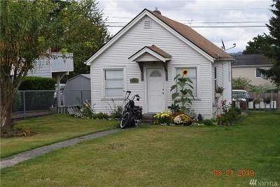Everett Single Family Home For Sale: 1309 E Marine View Dr