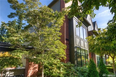 Bellevue Condo/Townhouse For Sale: 10575 NE 12th Place
