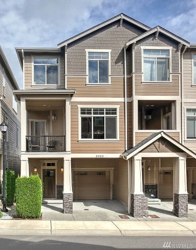Renton Condo/Townhouse For Sale: 3902 NE 3rd Place