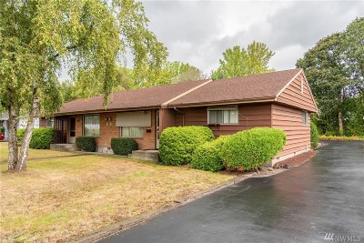 Chehalis Multi Family Home For Sale: 570 SW 18th St