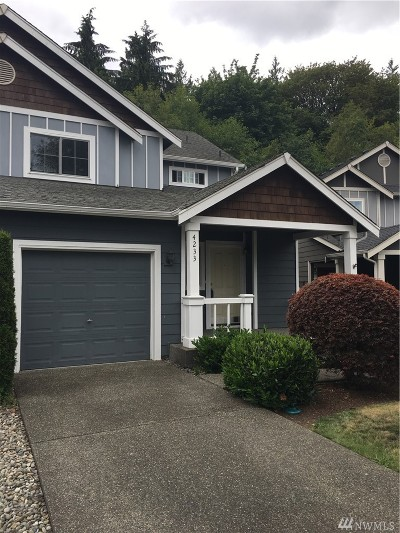 Lacey Single Family Home For Sale: 4233 Roxanna Lp SE