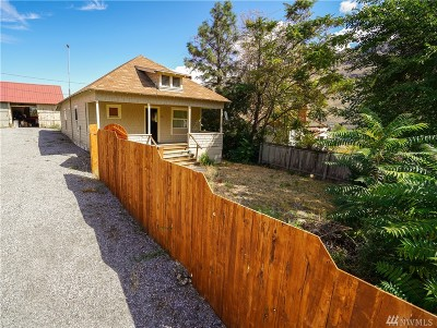 Chelan Falls Single Family Home For Sale: 164 Walnut Street