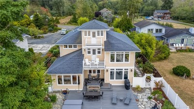 Bellingham Single Family Home For Sale: 3371 Robertson Rd