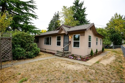 Seattle Single Family Home For Sale: 9648 57th Ave S