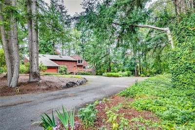 Bainbridge Island Single Family Home For Sale: 7480 NE Bay Hill Rd