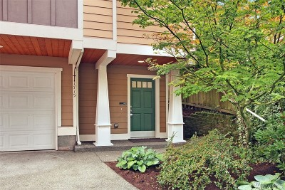 Seattle Single Family Home For Sale: 1715 25th Ave