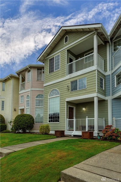 Snohomish County Condo/Townhouse For Sale: 1811 33rd St #6