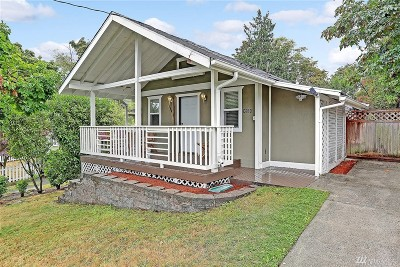 Seattle Single Family Home For Sale: 3221 SW Andover St