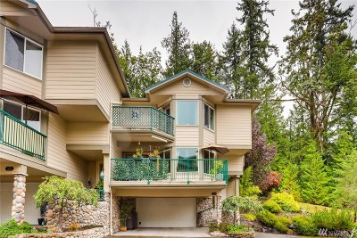 Issaquah Condo/Townhouse For Sale: 383 NW 12th Ave Ave NW