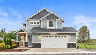 Pierce County Single Family Home For Sale: 830 Spinning Ave