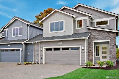 Lynnwood Single Family Home For Sale: 20403 S Danvers Rd #B