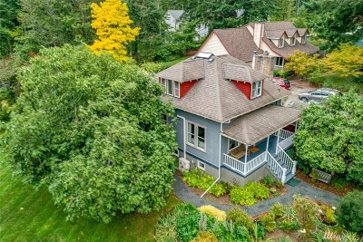 Bainbridge Island Single Family Home For Sale: 317 Cave Ave NE