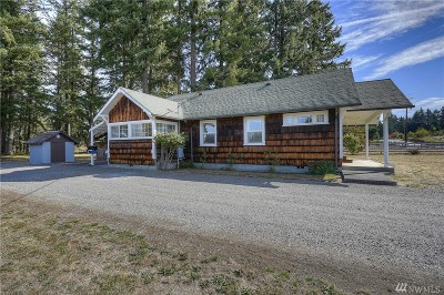 Spanaway Single Family Home For Sale: 2515 208th St E