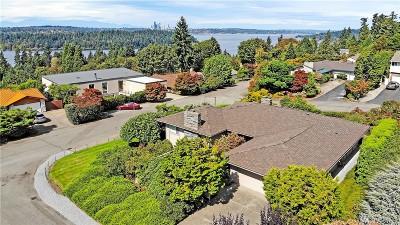Mercer Island Single Family Home For Sale: 8200 SE 65th St