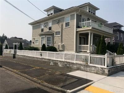 Pierce County Multi Family Home For Sale: 820 S Junett St