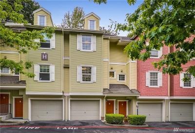 Renton Condo/Townhouse For Sale: 1800 NE 40th St #H4