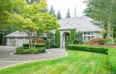 King County Single Family Home For Sale: 24521 SE Windsor Blvd