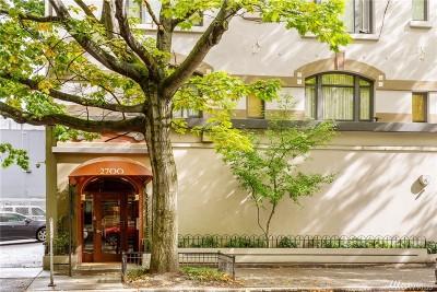 Seattle WA Condo/Townhouse For Sale: $379,000
