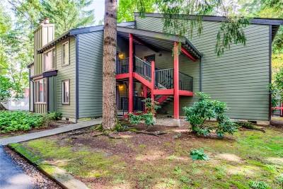 Bellevue Condo/Townhouse For Sale: 14622 NE 30th Place #A