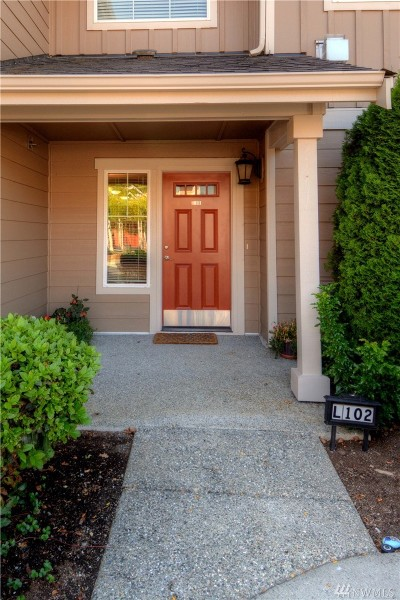 Snohomish County Condo/Townhouse For Sale: 5027 146th Place NE #L102