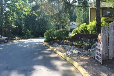 Snohomish County Condo/Townhouse For Sale: 16528 23rd Ave SE #D1