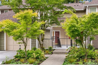 King County Condo/Townhouse For Sale: 5000 NW Village Park Dr #B-212