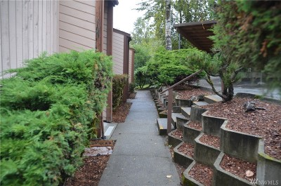 King County Condo/Townhouse For Sale: 12415 73rd Lane S #41