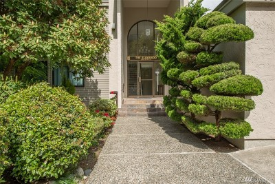 King County Condo/Townhouse For Sale: 3650 26th Place W #401A