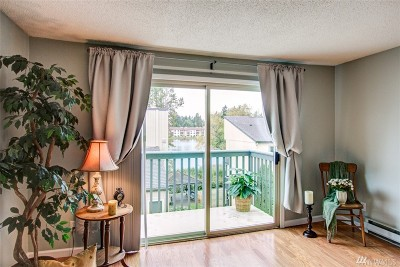 Federal Way Condo/Townhouse For Sale: 31003 14th Ave S #G12