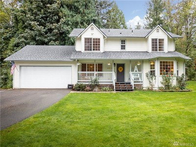 Snohomish County Single Family Home For Sale: 22212 Locust Way